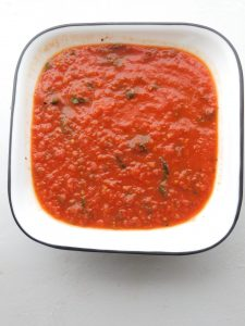 How to Make Pizza Sauce Without Tomato Paste