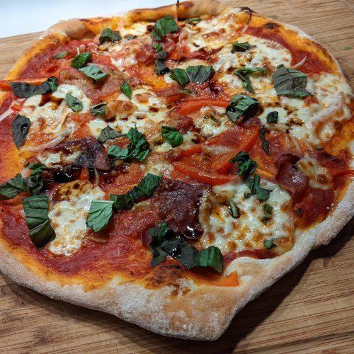 Balsamic Vinegar and Prosciutto Pizza