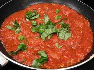 san marzano pizza sauce with basil