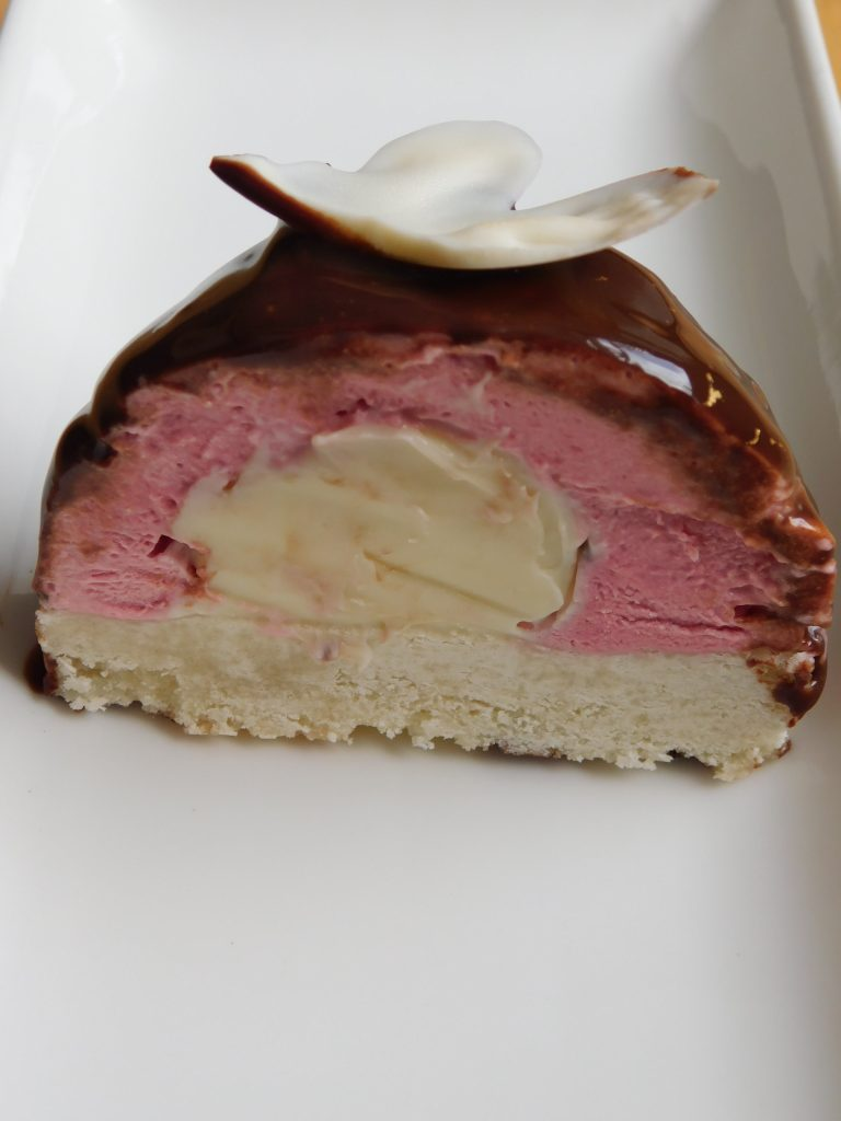 dome mousse cake